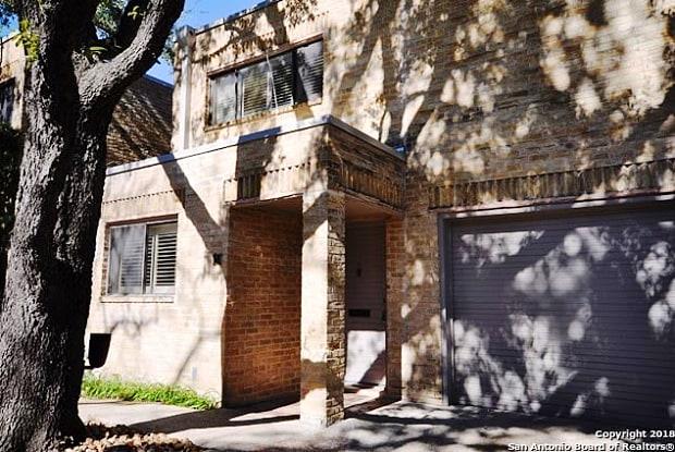 8123 N New Braunfels Ave - 8123 N New Braunfels Ave, San Antonio, TX 78209