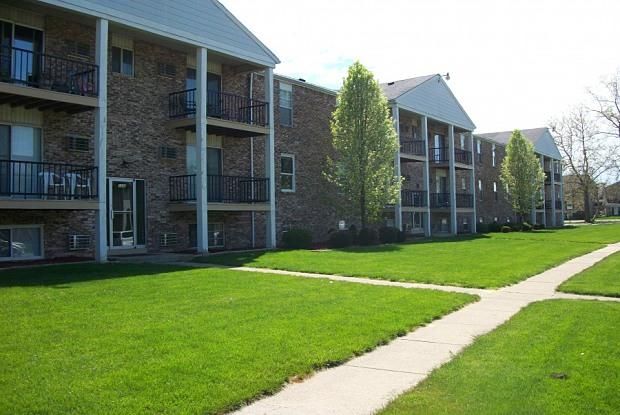 Parkside - 1408 Brookview Dr, Toledo, OH 43615