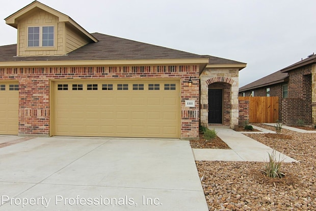 1111 Creekside Orchard - 1111 Creekside Orchard, New Braunfels, TX 78130