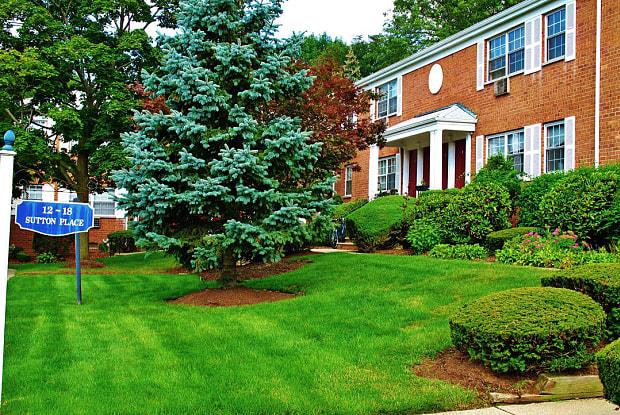 Westwood Hills - 1 Sutton Pl, Westwood, NJ 07675