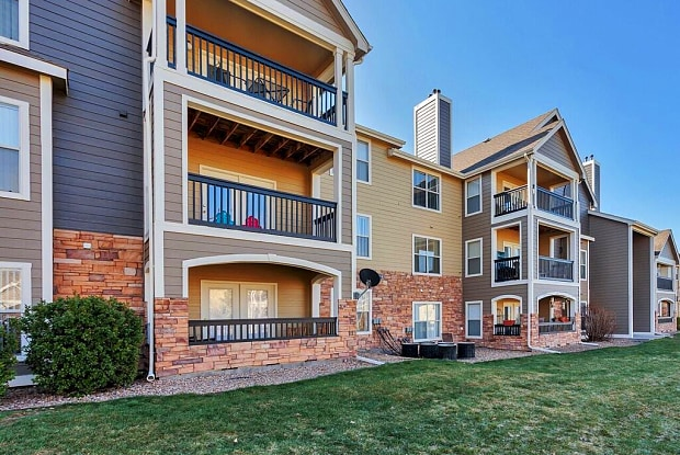 The Pines at Castle Rock - 6221 Castlegate Dr W., Castle Rock, CO 80108