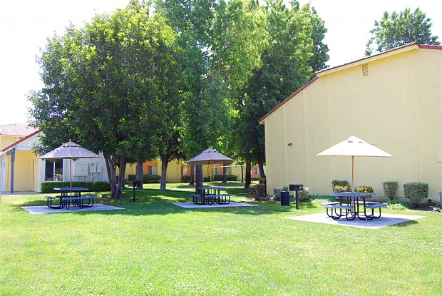 Citrus Grove Apartments - 1230 E Lugonia Ave, Redlands, CA 92374