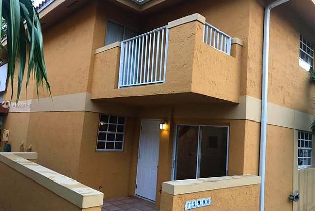 13900 SW 65th Ter - 13900 Southwest 65th Terrace, Kendale Lakes, FL 33183