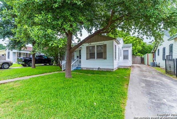 427 W NORWOOD CT - 427 West Norwood Court, San Antonio, TX 78212