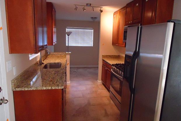 1031 W LAIRD Street - 1031 West Laird Street, Tempe, AZ 85281