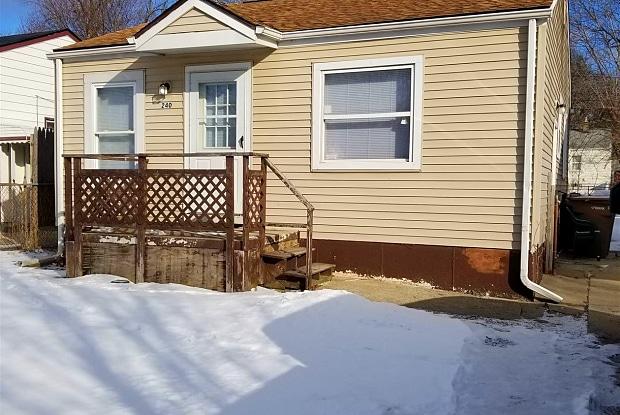 240 W Fairmount Ave - 240 West Fairmount Avenue, Pontiac, MI 48340