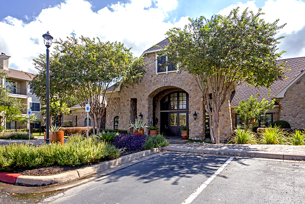 The Park on Brodie Lane - 6607 Brodie Ln, Austin, TX 78745