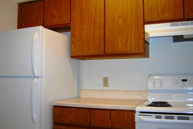 Beadle West Apartments - 900 E 14th St, Sioux Falls, SD 57104