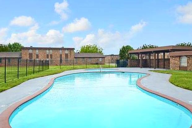 Sheppards Edge - 1701 Pearlie Dr, Wichita Falls, TX 76306