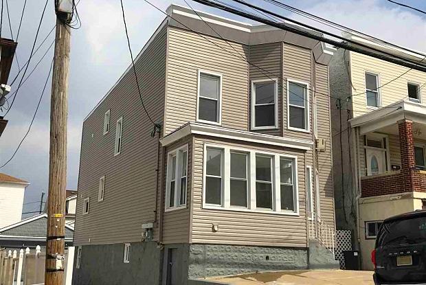 1218 79TH ST - 1218 79th Street, North Bergen, NJ 07047