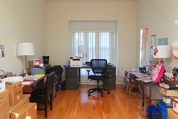 966 HUNTINGTON DR - 966 Huntington Dr, Merritt Park, NY 12524