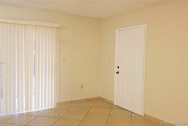 1235 NW 6th St - 1235 Northwest 6th Street, Miami, FL 33125