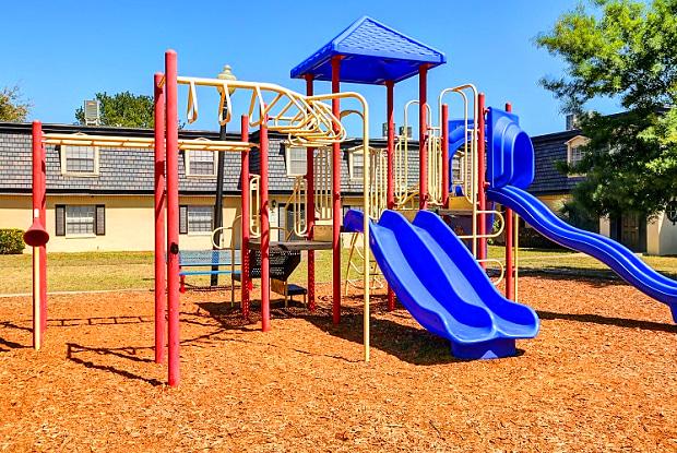 Avesta Winter Park - 1743 Semoran North Cir, Winter Park, FL 32792