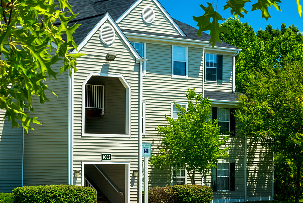 Arbor Grove Apartments & Townhomes - 100 Timberlake St, Stafford County, VA 22554