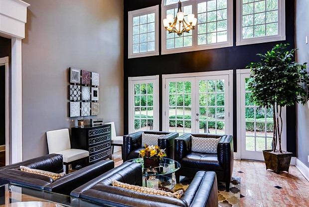 Nashboro Village Apartments - 115 Nashboro Blvd, Nashville, TN 37217