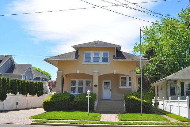 111 Sea Girt Avenue - 111 Sea Girt Avenue, Manasquan, NJ 08736
