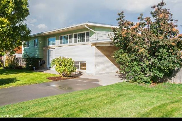 3875 S BONNIEWOOD DR W - 3875 S Bonniewood Dr, West Valley City, UT 84119