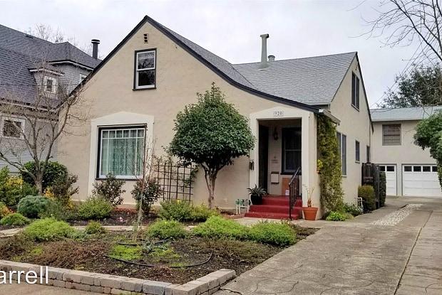 920 Humboldt St. - 920 Humboldt Street, Santa Rosa, CA 95404
