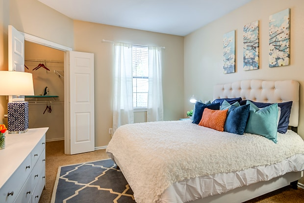 Mariposa Villas - 1531 Duncanville Rd, Dallas, TX 75211