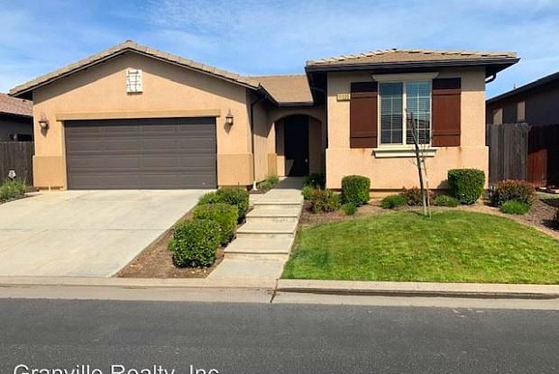 11335 N. Via Ventana Way - 11335 North via Ventana Way, Fresno, CA 93730
