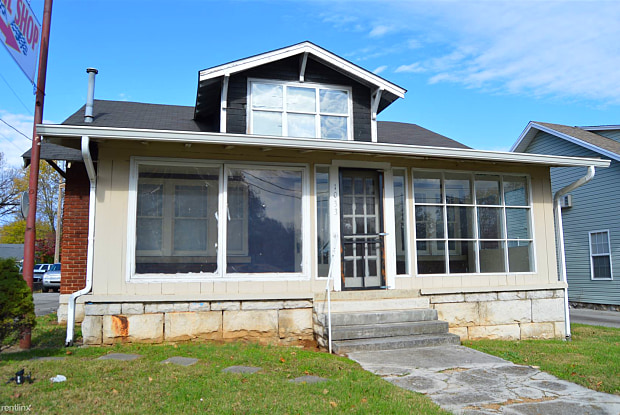 1033 US 31W Byp - 1033 Us Hwy 31w, Bowling Green, KY 42101