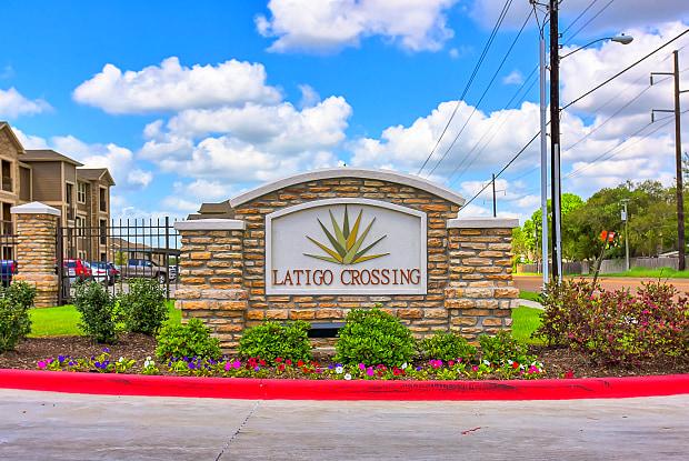 Latigo Crossing - 1601 John Stockbauer Dr, Victoria, TX 77901