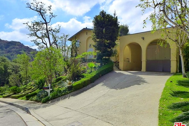 9640 ROYALTON Drive - 9640 Royalton Drive, Los Angeles, CA 90210