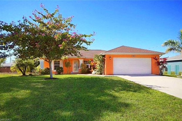 1916 NW 13th PL - 1916 Northwest 13th Place, Cape Coral, FL 33993