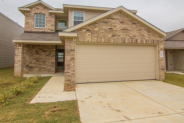 2049 Oakwood Forest Drive - 2049 Oakwood Lane, Abilene, TX 79605