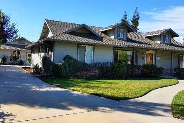 10300 Rio Sombra Court - 10300 Rio Sombra Court, East Oakdale, CA 95361
