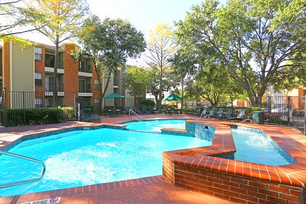 Village Oaks - 10926 Jollyville Rd, Austin, TX 78759