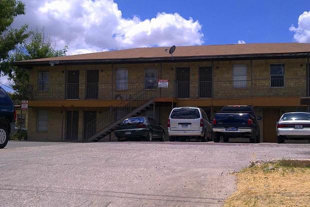 4018 San Agustin Unit I - 4018 San Agustin Avenue, Laredo, TX 78041