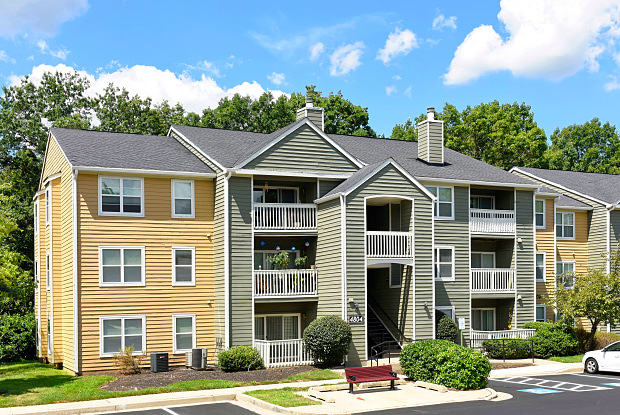 Crossings at White Marsh - 1 Lincoln Woods Way, White Marsh, MD 21128