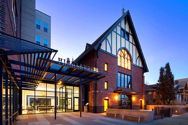 Highlands 32 - 3251 Lowell Blvd, Denver, CO 80211