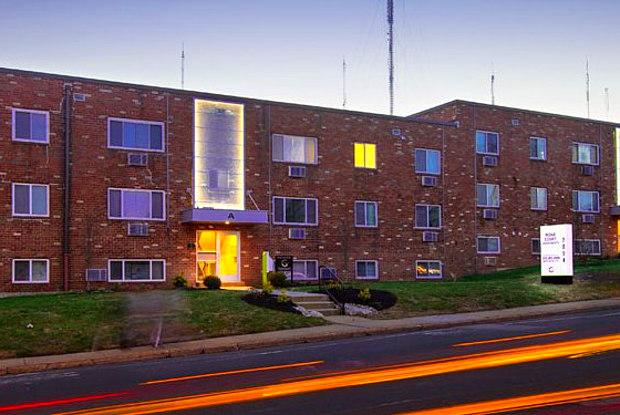Ridge Court - 7014 Ridge Ave, Philadelphia, PA 19128