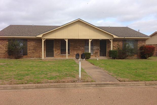 209 Zuni Dr - 209 Zuni Drive, Hewitt, TX 76643