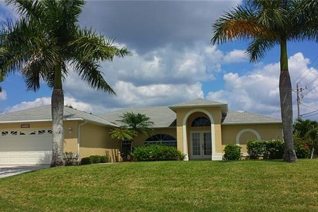 3737 SW 12th PL - 3737 Southwest 12th Place, Cape Coral, FL 33914