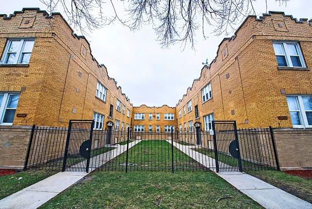 1042 N Leamington Ave - 1042 N Leamington Ave, Chicago, IL 60651