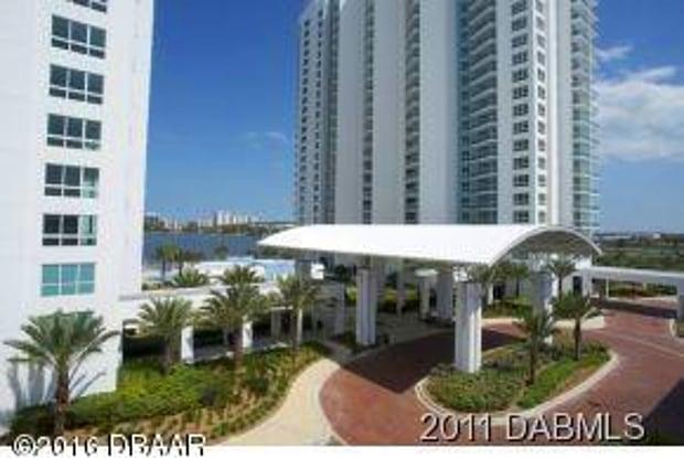 241 Riverside Drive - 241 Riverside Drive, Holly Hill, FL 32117