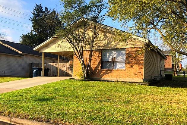 2106 Crest - 2106 Crest Street, College Station, TX 77840