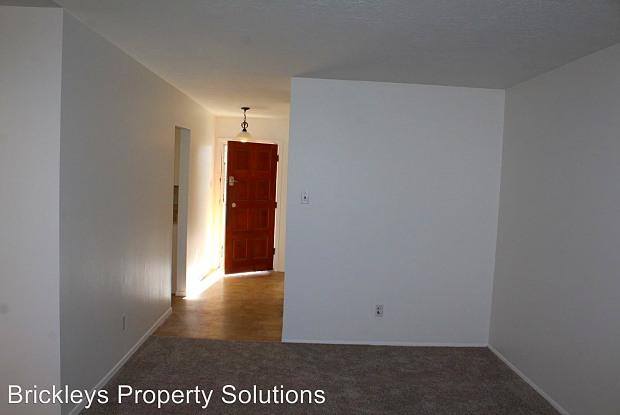 10505 Karen Ave NE - 10505 Karen Avenue Northeast, Albuquerque, NM 87111