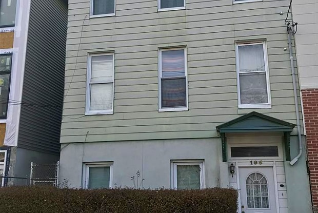 195 HALLADAY ST - 195 Halladay Street, Jersey City, NJ 07304