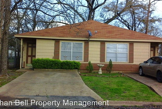 441 Se 18th - 441 18th St SE, Paris, TX 75460