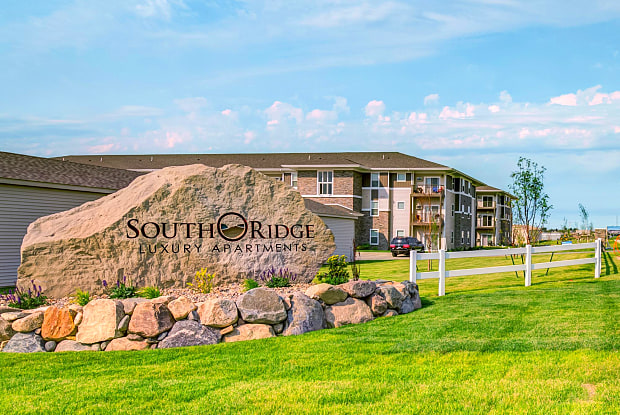 South Ridge Apartments - 3709 7th St W, Williston, ND 58801
