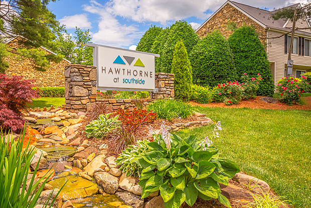 Hawthorne at Southside - 99 Turtle Creek Dr, Asheville, NC 28803