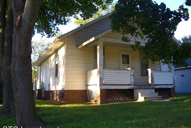 530 W. Orchard - 530 W Orchard St, Macomb, IL 61455