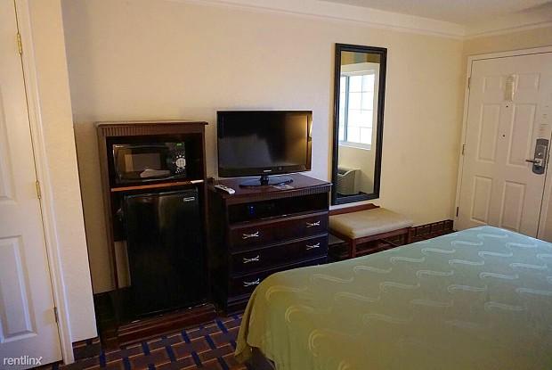 Siegel Suites Jackson - 616 Briarwood Drive, Jackson, MS 39211