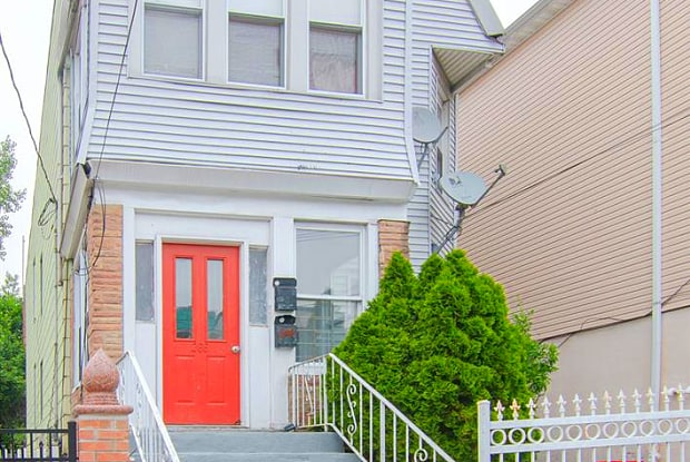266 CLAREMONT AVE - 266 Claremont Avenue, Jersey City, NJ 07305