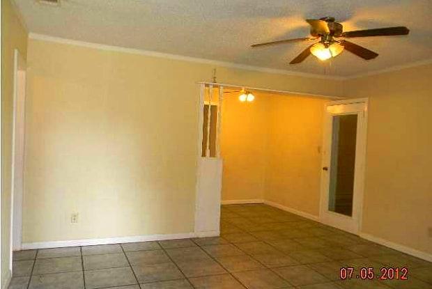 103 ADKINSON DR - 103 Adkinson Drive, West Pensacola, FL 32506
