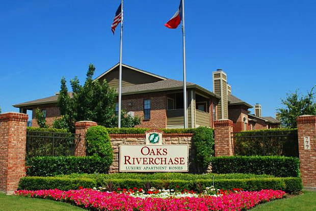 Oaks Riverchase Apartments - 777 Fairway Dr, Coppell, TX 75019